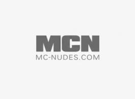 السحاقيات يمارسن الجنس العاطفي السحاقي ، بينما يجعل صديقهم يشاهدهم