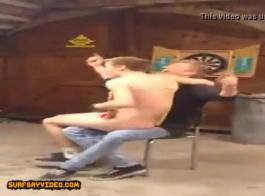 رجلان قرنيان على وشك تغطية الاحتياجات الجنسية المختلفة لجميع السيدات في حفلتهما