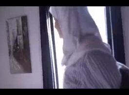 سكس في الطيز عربي سن 18
