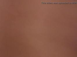 شقراء مع الحمار الطويل ، شعر مناسبا يحصل لها ضيق فتحة الشرج بشدة حفر من الخلف