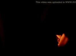 مفلس امرأة سمراء المغنية مارس الجنس المتشددين نمط بوف