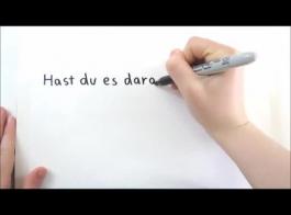 تقوم امرأة شقراء ألمانية بعمل فيديو إباحي منفرد وتدمير مؤخرتها الضيقة