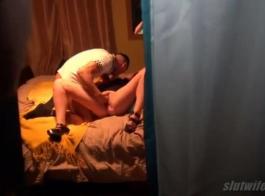 رورلينا مي تمارس الجنس مع جارتها بينما زوجته مع زوجها