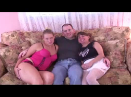 صور بنات ونساء وجنس من الحيوانات الاليفه