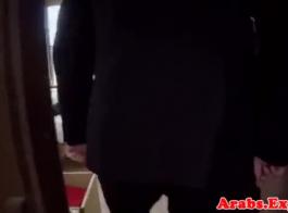 العربية فاتنة نشر ساقيها ودع عشيقها يمارس الجنس مع عقولها