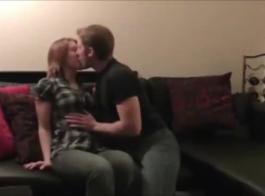 يحب مواعدة الزوجين رؤية بعضهما البعض أثناء ممارسة الحب والاستمناء معًا
