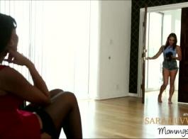 مرسيدس كاريرا مفتوحة لممارسة الجنس مع ديك كبيرة