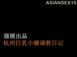 سيدة شقراء الساخنة الآسيوية يحصل الملاعين ضخمة بيضاء العملاء مسمار للاستعداد للمقابلة مع العميل