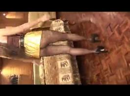 سوبر مثير جبهة تحرير مورو الإسلامية مع ضخمة الثدي يحصل بوسها صدم بجد