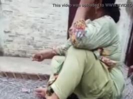 سواق باكستاني ينيك سعوديه