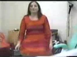 امرأة متزوجة بريطانية أسلوب هزلي الشرج