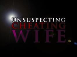 زوجة الغش يراقب زوجها مع قضيب جلدي شرجي قرنية، بينما يخونها.