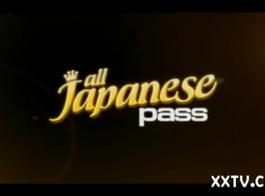 مذهلة الآسيوية فاتنة في مقطع 4