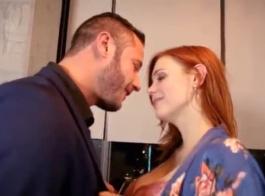 فيديو تحول جنسى مع فتاة بيضاء تبلغ من العمر 18 عامًا