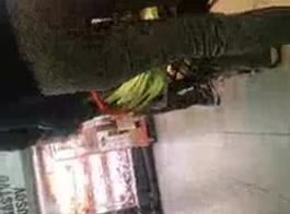الممتعة حار رائع رائع بيمبو بيت نجمة الملاعين لها الرطب كس ... أبيض يستمني على قبعة على كام فتاة