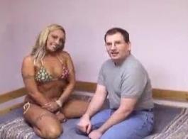 سكس رجل ينيك بنت جميله