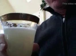 سكس شرب المنه