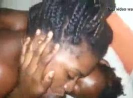 ديك مص الهواة في سن المراهقة إيما لوبيز الحصول على مارس الجنس
