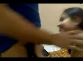 فتاة هندية الجنس