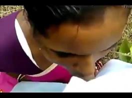 الابنة تحصل على اللسان من الأب وعلاقاتها وتأخذ الديك في وجهها ثم يجعلها تمتصها وملاعينها مع أصدقائها! كلا الأب والآباء كبيرة قذرة الوجه عليها.
